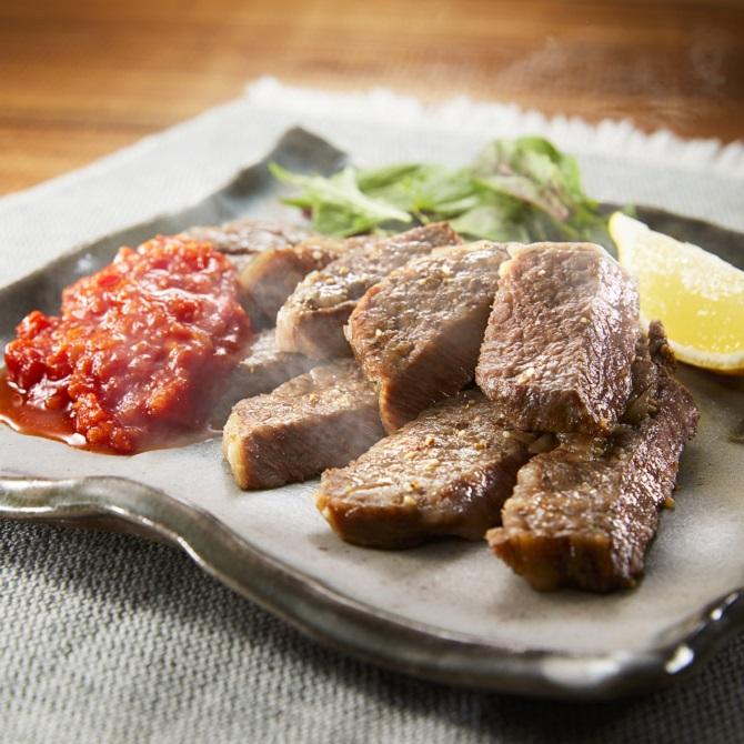 牛肩ロースステーキ~トマトース~(石窯おまかせ焼き)